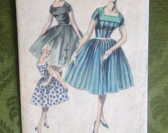 Vintage 1950s dress pattern Sewing 50s Fit and Flare '1950s New Look' pattern sleeve and instructions only