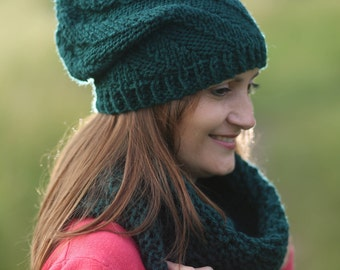 Green beanie Green cowl Hand knit cowl Cowl scarf Wool neck warmer Winter wool hat Knit hat Green snood Handmade scarf Gift for her