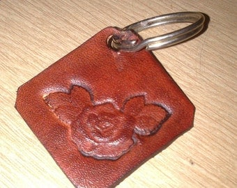 Keychain leather natural flower pattern