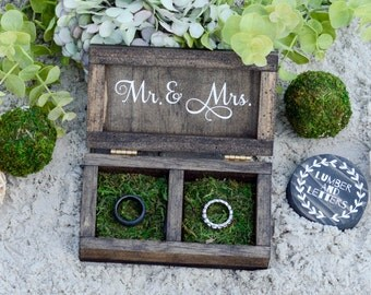 Wedding Ring Box - Wedding Ring Box Rustic  - Mr. & Mrs. Ring Box - Handmade Ring Box - Personalized Ring Bearer Box - Primitive Wedding