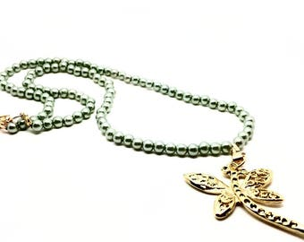 Women's Jewellery Necklace with Green Pearls and Golden Dragonfly Pendant. Gift Box Included - Birthday gifts women, Latin America Design
