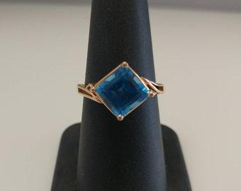 14k Square Blue Stone Ring