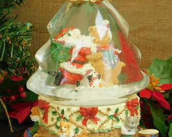 Working Vintage Musical Snow Globe, I Saw Mommy Kissing Santa Claus, Tree Shaped, Christmas Holiday Decor, Display, Gift for Grandchild,