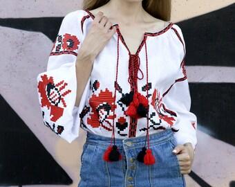 Vyshyvanka linen embroidered blouse White linen blouse Ukrainian vyshyvanka mexican embroidery Kaftan Kilim Free Shipping Boho style