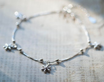 Daisy Anklet, Sterling Silver Anklet, Flower Ankle Bracelet, Silver Ankle Bracelet