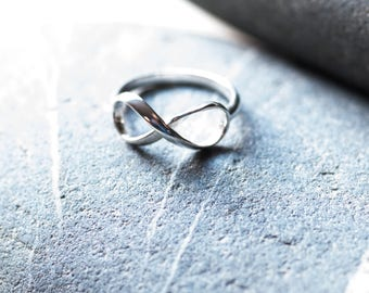 Infinity Ring, Silver Infinty Ring, Infinity jewellery, Sterling silver Ring, Mothers day gift
