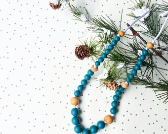 Winter 2017 Necklace, Nursing Necklace, Teething Necklace, Teether, Mom necklace, Break away clasp, Silicone Beaded Necklace, Mommy+Me