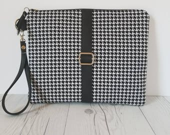 Black White Clutch, Houndstooth Clutch, faux Leather Clutch, Large Clutch, Leather Clutch, Wristlet Clutch, Large Clutch Bag, Clutch Purse