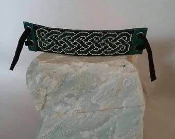 Green Celtic Knot Hand-woven Beaded Bracelet