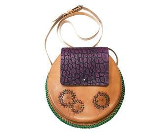 Leather bag. rounded purse. crossbody bag. shoulder bag. Wet moulding leather. Handmade purse