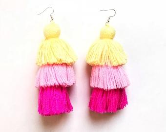 Pom pom earrings, tassel earrings, pom pom jewerly, mexican pom pom, mexican jewerly, bohemian earrings, gipsy earrings, boho earrings