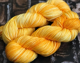 Sunny Side Up | Super Squishy Worsted | Yellow |