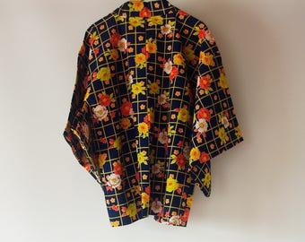 Vintage Japanese Kimono Haori / Flower design on grid pattern / Kimono Woll jacket