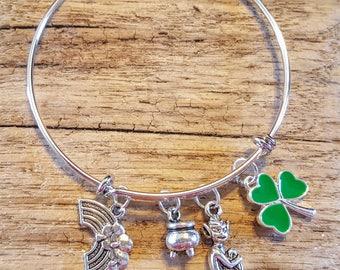 St Patrick's Day, Luck of the Irish, Good Luck, Pot of Gold, Charm Bracelet, lucky bracelet