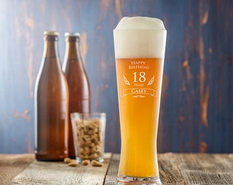 Engraved Wheat Beer Glass - Happy Birthday - Customised with Name and Age of Your Choice - Birthday Gift - Gift for Beer Lovers