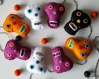 Skull garland- halloween skulls- halloween garland- skulls- kids decor