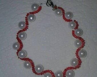 Red & White Wavy Bracelet