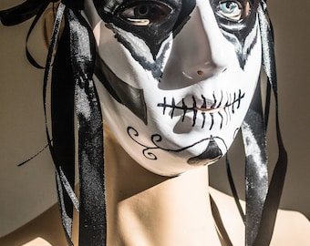 Day Of The Dead Cosplay Mask - Black and White