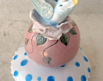 Birdie Ceramic totem for table top