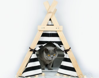 Black and white pet tent teepee