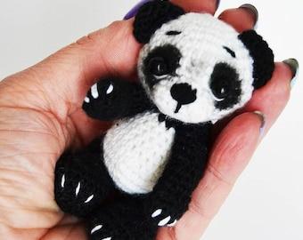 Amigurumi Oso Panda Patron : Amigurumi panda roux slugom for