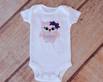 Owl Bodysuit, Custom owl bodysuit, Custom girls shirt, Girl take home outfit, Glitter bow owl shirt, Custom shirt, Custom Bodysuit