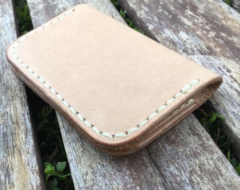 Wallet - Folding Minimalist Style in vegetable tanned leather