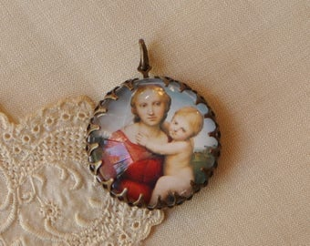 Glass Portrait Pendant Small Cowper Madonna Painting by Raphael Antiqued Gold Toned Brass Crown Edge Setting 1 Piece