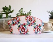 Large Petal Pouch - Pink Alice