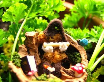 Miniature Gnome-Nutshell Miniatures-Gnomes-Nutshells-OOAK