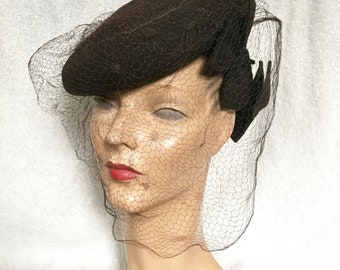 1940s Brown Veiled Tilt Hat with Bows