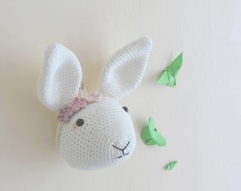 Trophée lapin blanc, decoration chambre enfant, peluche decorative, fait main, idée cadeau anniversaire, fausse taxidermie, trophée animal