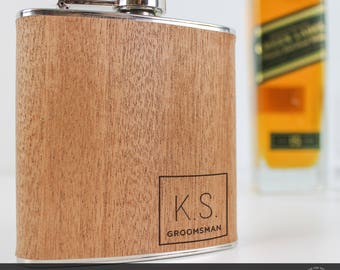 5 Groomsman Gift, Personalised Flasks, Groomsmen Hip Flask, Engraved Flask, Engraved Flask, Custom Engraving, Wooden Hip Flask, Gift for Men