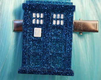 Tardis Doctor Who Glitter Resin Hair Clip
