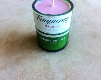 Lavender-scented Tanqueray gin Candle