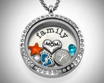 It's Family Time Floating Locket