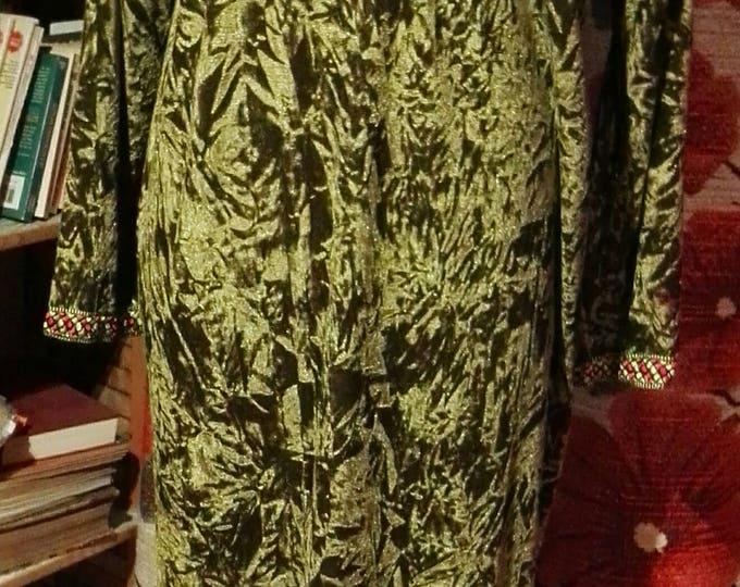 Under Dress of green Pannè