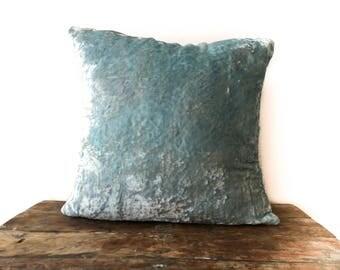 Frost Blue Velvet pillow cover 26x26, throw pillow 16x16 18x18 24x24 26x26 light blue Velvet Euro sham, pillow case, 20x54 body pillow