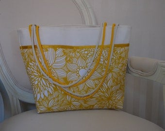 Spring yellow floral patterned tote bag