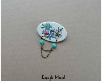 Brooch - Porcelain - flower brooch.