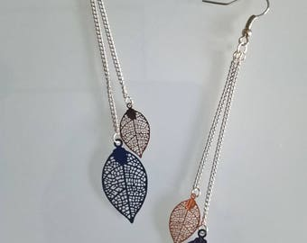Great earrings thin gold/Royal Blue leaves