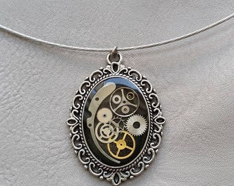 Choker + vintage and Steampunk gears and resin oval pendant