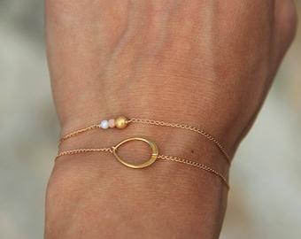 Bracelet trio de perles plaqué or jaune et rose, perle de nacre, idée cadeau femme, bijou minimaliste, fin, délicat by Myo jewel