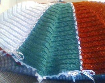 Christmas Tree Skirt - Crochet, Acrylic/Metallic Yarn, Satin ribbon, 45 inches across, Ties in back