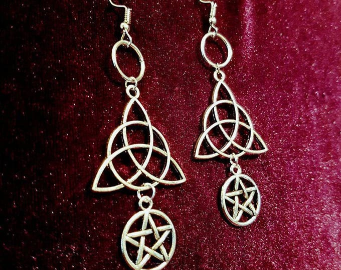 Triquetra Earrings - gothic goth wicca wiccan earrings pagan pentagram