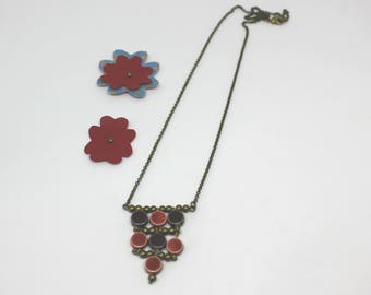 Ceramic collection: necklace with long red and purple - ceramic beads offered earrings
