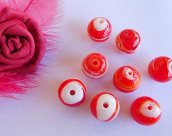 Set of 10 Lampwork Glass 12 mm red and white beads