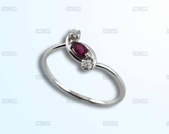 White Gold 18 k Ruby diamond ring.