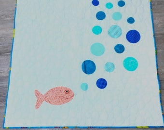 Bubbling Fish Baby quilt