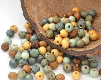 Mix of 100 beads blue, gold and Brown wood 8 mm round